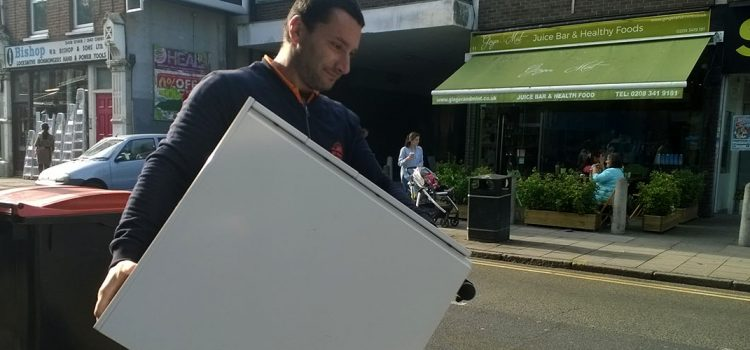 Reasons why you should always hire fully licensed movers